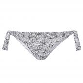 Het California Poppies strikbroekje van Beachlife is uitgevoerd in een vrolijke print. Dit bikinibroekje, met handgemaakte print, valt wat lager op de heupen. Het broekje is te verstellen met de strikjes aan de zijkanten, hierdoor zit het broekje altijd g